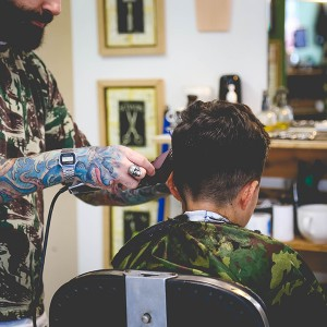 De volta as barbearias: Bunker Barber Shop Tattoo